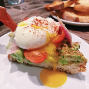 The Best of Downtown Chicago Weekend Brunch at Siena Tavern