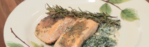 Salmon & Creamed Spinach